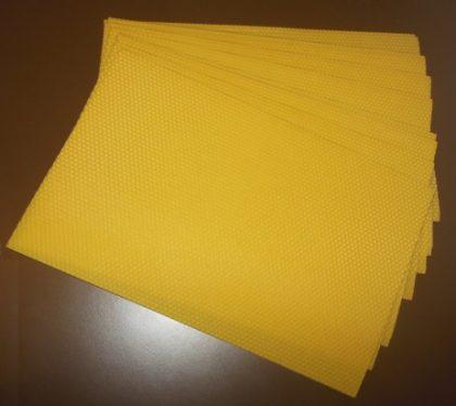 Faguri-artificiali-din-ceara-de-albine-8001001-1